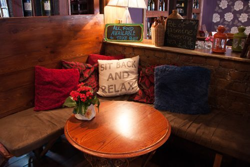 Dog Friendly Cafes and Restaurants in London - Konnigans Restaurant Cosy Interior