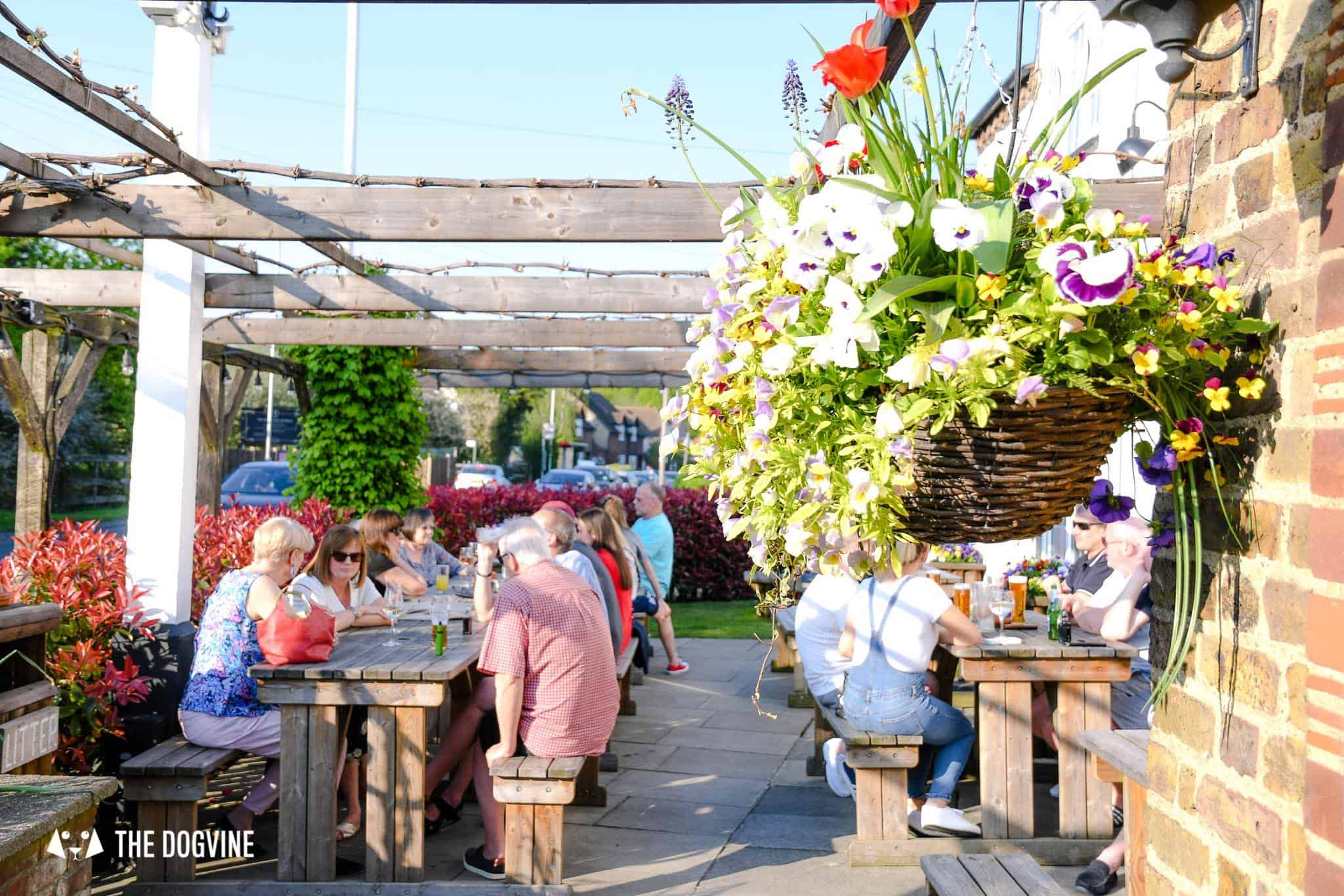 Dog-friendly Pub Ruislip - The Woodman Beer Garden